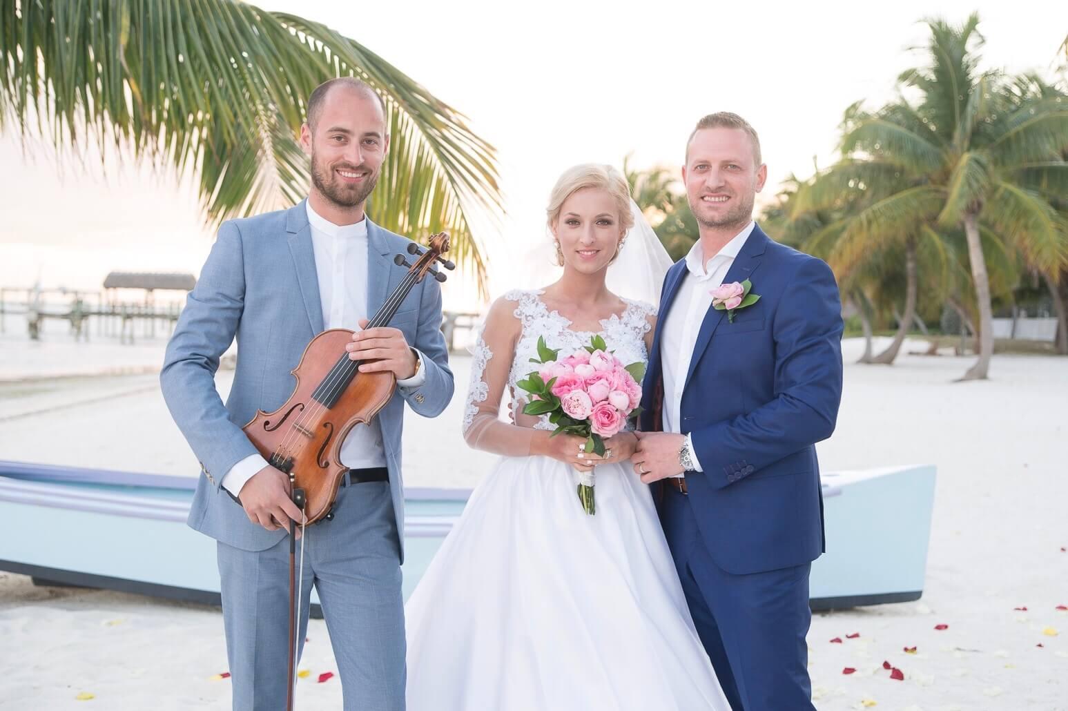 wedding violinist Bahamas