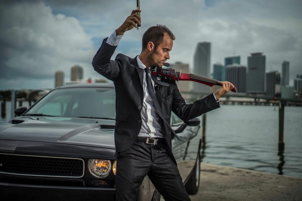 Electric Violinist Peter Kiral in Miami photo by jan Freire