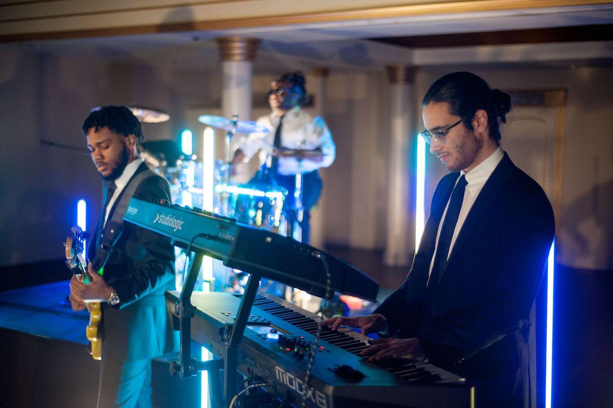 Wedding Band Kiral Artists